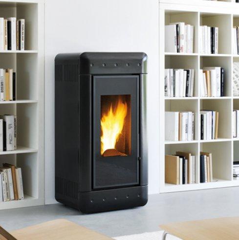 po le granul s video 6 9 12kw eco 39 flamm. Black Bedroom Furniture Sets. Home Design Ideas