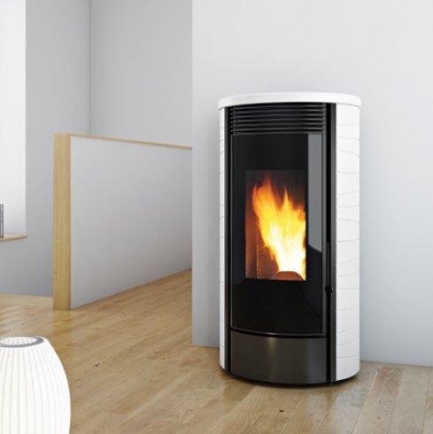 po le granul s drum 6 9 12kw eco 39 flamm. Black Bedroom Furniture Sets. Home Design Ideas