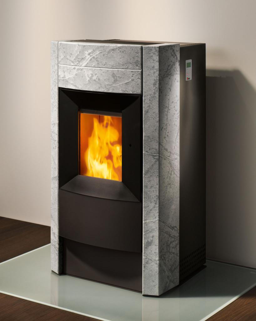 po le granul s revo 9 0kw eco 39 flamm. Black Bedroom Furniture Sets. Home Design Ideas